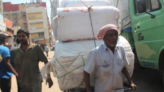 Shrikar Marur, Kinshuk Surfan, Gautam Vishwnath, Cart Avenue, Bangalore, 2012 (źródło: materiały prasowe organizatora)