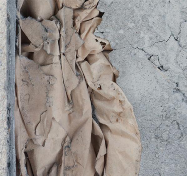 """Diana Fiedler """"Undo"""" praca prezentowana w Galerii AT w Poznaniu (źródło: materiały prasowe)"""