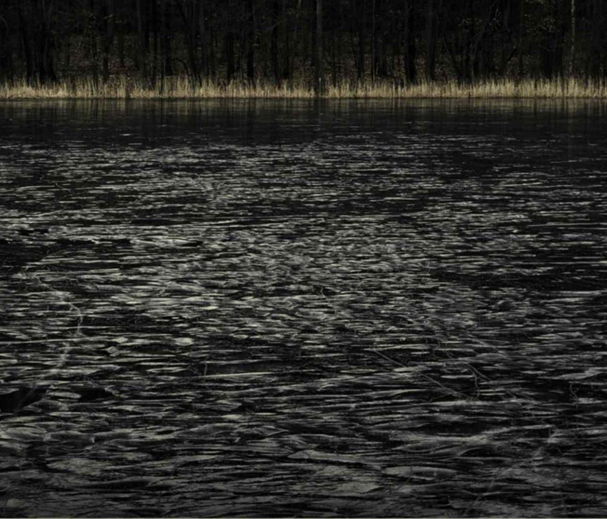 """Jarosław Klupś, """"Najwspanialsze doświadczenie to doświadczenie tajemnicy (III)"""", 2012. Fotografia 111x138 cm (źródło: materiały prasowe organizatora)"""