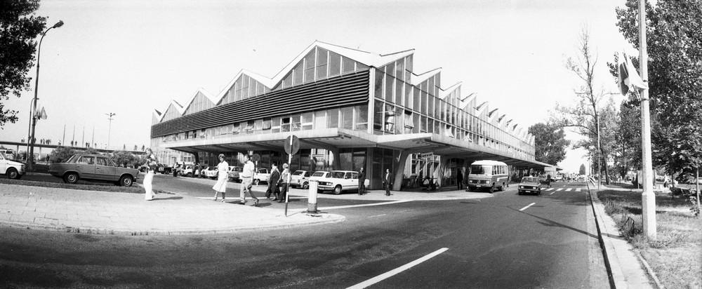 Dawny terminal na Okęciu, fot. Siemaszko Zbyszko (źródło: materiały prasowe organizatora, zdj. od NAC)