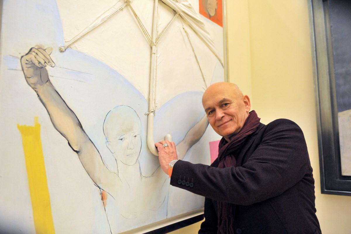 Na zdjęciu: Andrzej Pągowski, wystawa prac Tadeusza Kantora, wernisaż, 3 grudnia 2013 r., Spectra Art Space w Warszawie (źródło: materiały prasowe organizatora)