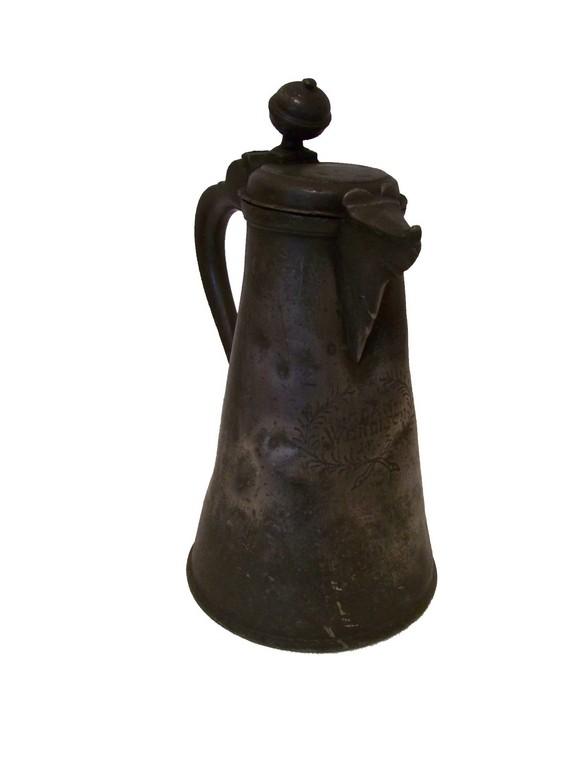 Kufel, druga połowa XVIII wieku, cyna, wł. Muzeum im. W. Łęgi w Grudziądzu (źródło: materiały prasowe)
