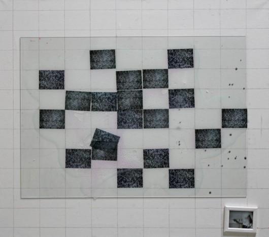 """Maciek Duchowski, """"Implant #57"""", mixed media, 75x85 cm, 2013 (źródło: materiały prasowe organizatora)"""