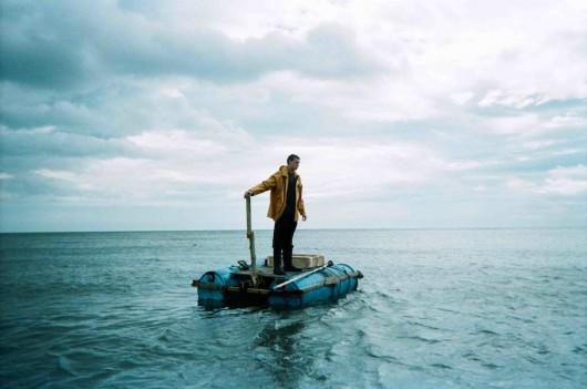 """""""Za tych, co na morzu"""", reż. Paul Wright (źródło: materiały prasowe dystrybutora)"""