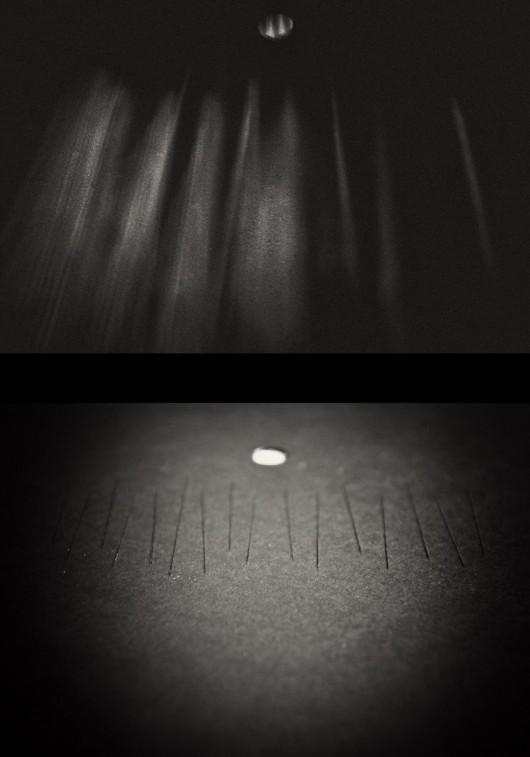 """Rafał Pytel, """"Walory podróżowania nocą"""", kadr z projekcji i matryca (źródło: materiały prasowe organizatora)"""