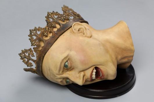 """Piotr Blamowski, """"Głowa królowej"""", 2012, obiekt (źródło: materiały prasowe organizatora)"""