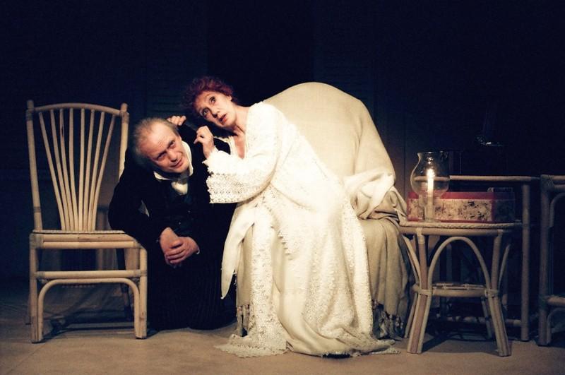 Wiesław Komasa (Pitou) i Maja Komorowska (Sarah Bernhardt), fot. Michał Englert (źródło: mat. prasowe)