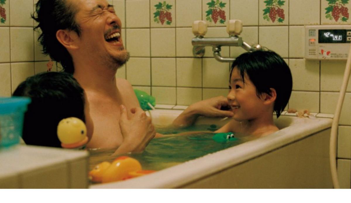 """""""Jak ojciec i syn"""" reż. Hirokazu Koreeda (źródło: materiały prasowe)"""