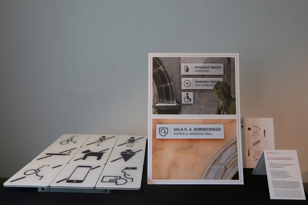 Nagroda specjalna grafika użytkowa System komunikacji wizualnej na Jasnej Górze, fot. Dominik Gajda (źródło: materiały prasowe organizatora)