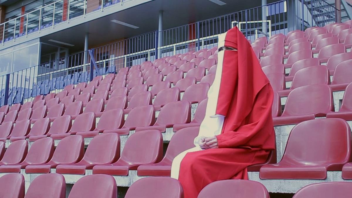 """Kadr z filmu Karoliny Mełnickiej """"Polska Burka"""", (źródło: materiały prasowe organizatora)"""