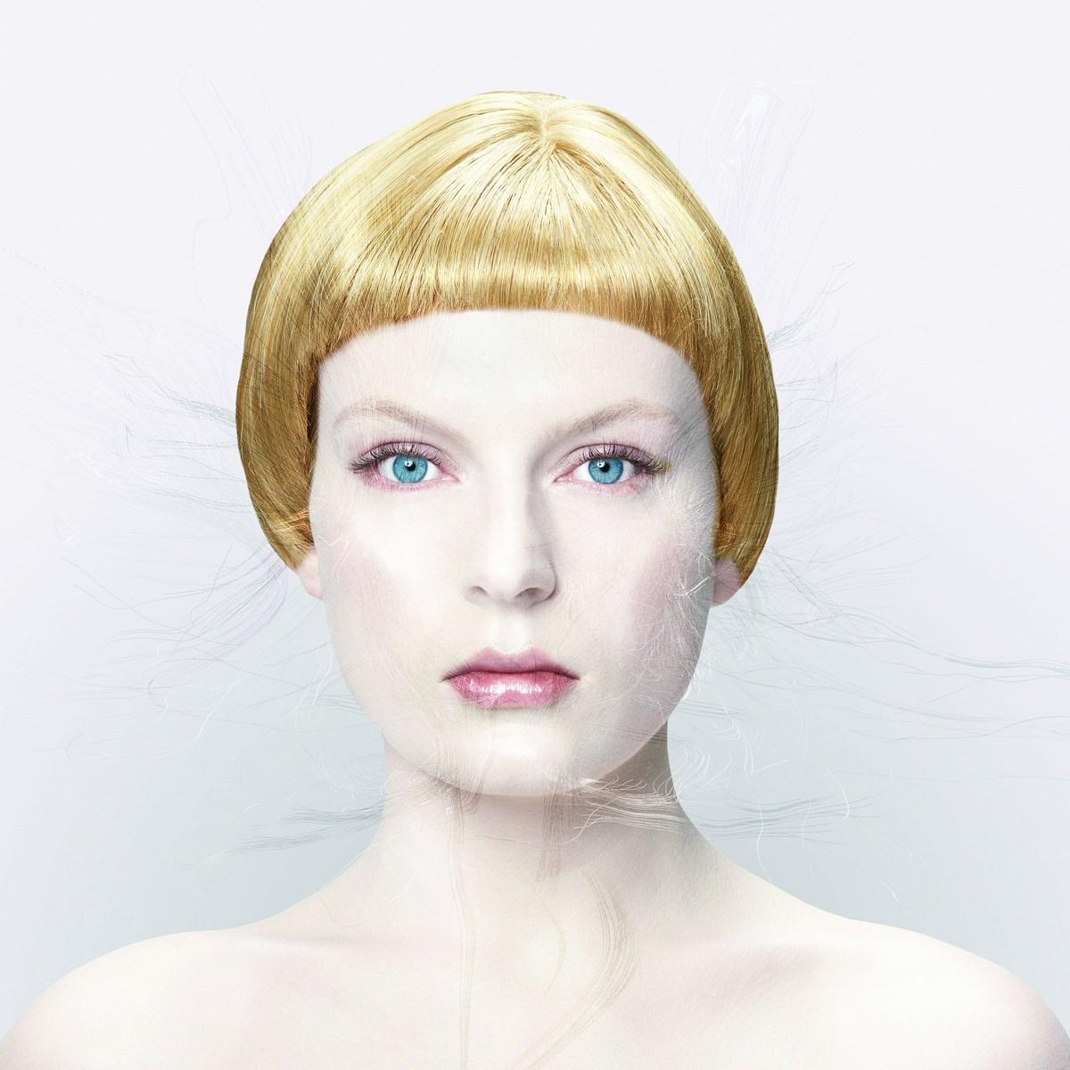 """Michael Najjar, """"bionic angel"""", 2007, z serii """"bionic angel"""" (2006-2008), fot. dzięki uprzejmości artysty i Kolekcji Grażyny Kulczyk (źródło: materiały prasowe organizatora)"""