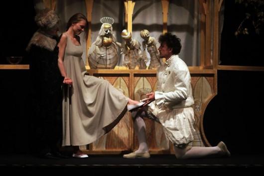 """Teatr Lalki i Aktora, """"Kopciuszek"""" (źródło: materiały prasowe)"""