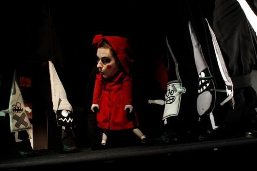 """Teatr Lalki i Aktora, """"Czerwony Kapturek"""" (źródło: materiały prasowe)"""