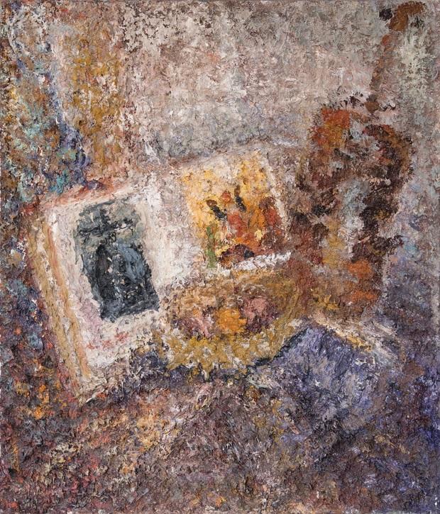 """Robert Jankowski, """"Martwa natura z ikoną i skrzypcami"""", 2003-2013, olej na płótnie, 82 x 70 cm, fot. Tomasz Matczak (źródło: materiały prasowe organizatora)"""