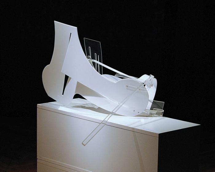 """Bartosz Węgrzyn, """"No title"""", pleksi, 2013 (źródło: materiały prasowe organizatora)"""