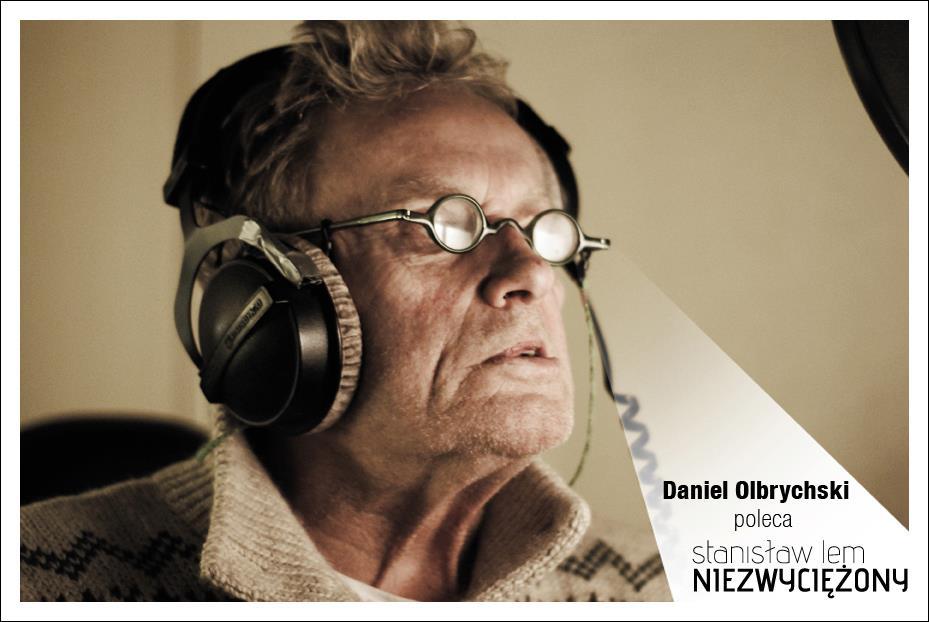 """Daniel Olbrychski czyta """"Niezwyciężonego"""" (źródło: materiał prasowy organizatora)"""