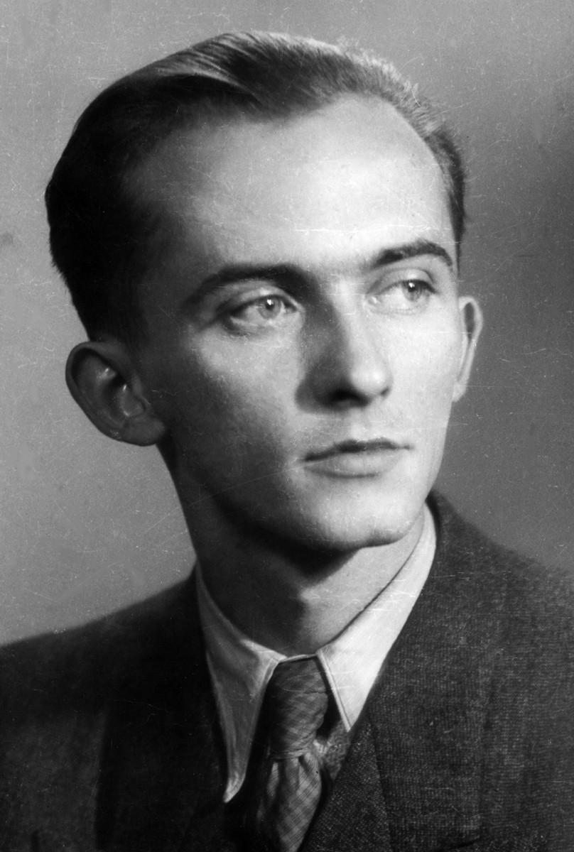 Portret Jerzego Ficowskiego (lata 1945–1968), zbiory NAC, fot. Władysław Miernicki (źródło: materiały prasowe)