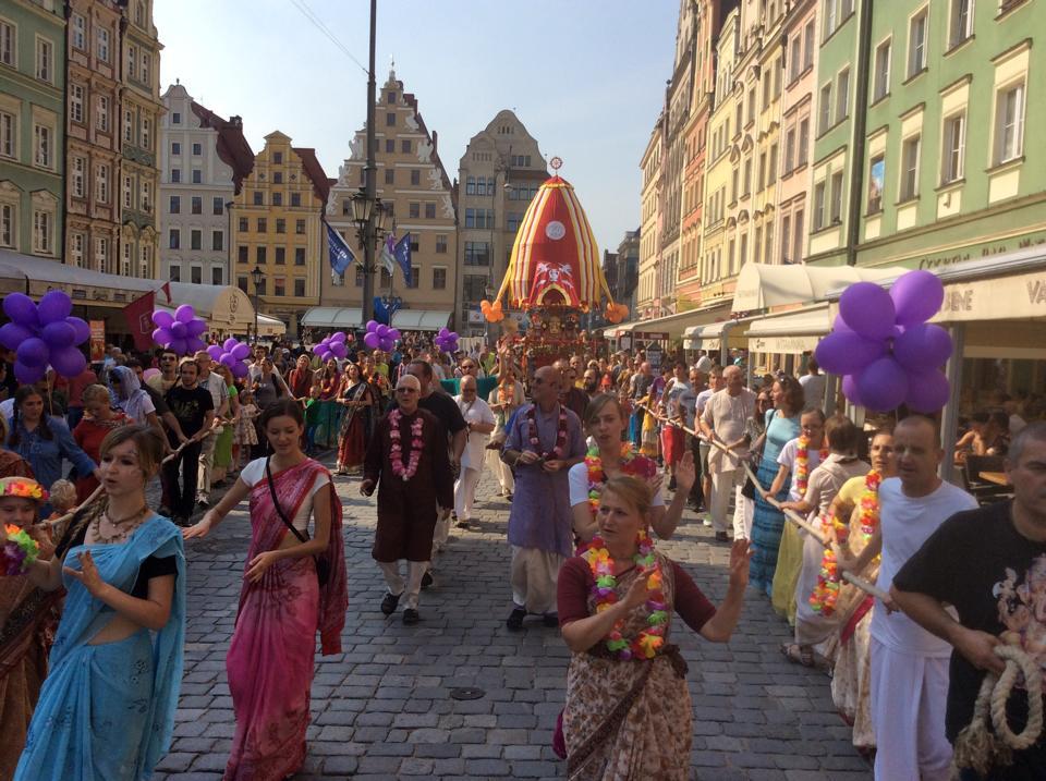 Parada uliczna Hare Kryszna w Lublinie (materiał prasowy organizatora)