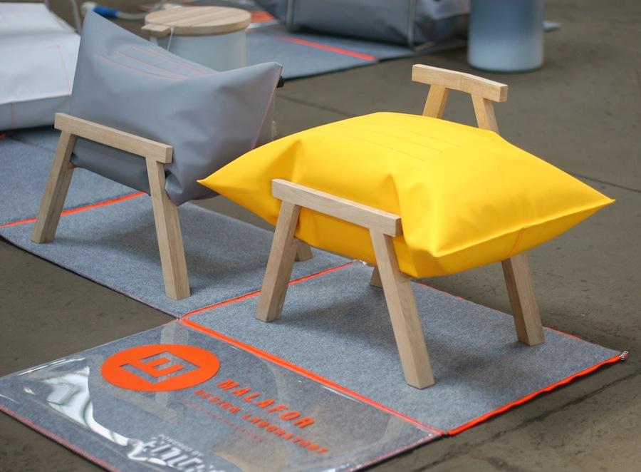 Stołki i fotel, studio Malafor (źródło: materiały prasowe organizatora)