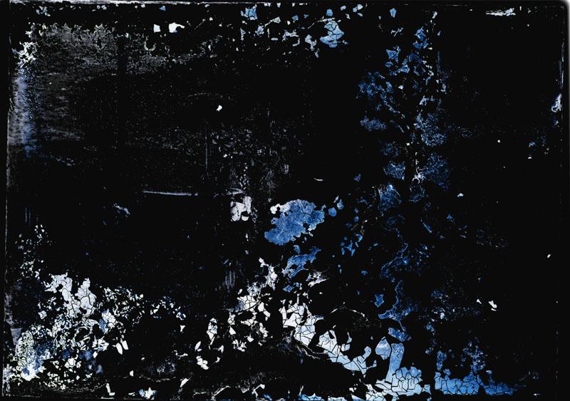 Spękana warstwa emulsji fotograficznej, archiwum S. Burshe (źródło: materiały prasowe FAF)