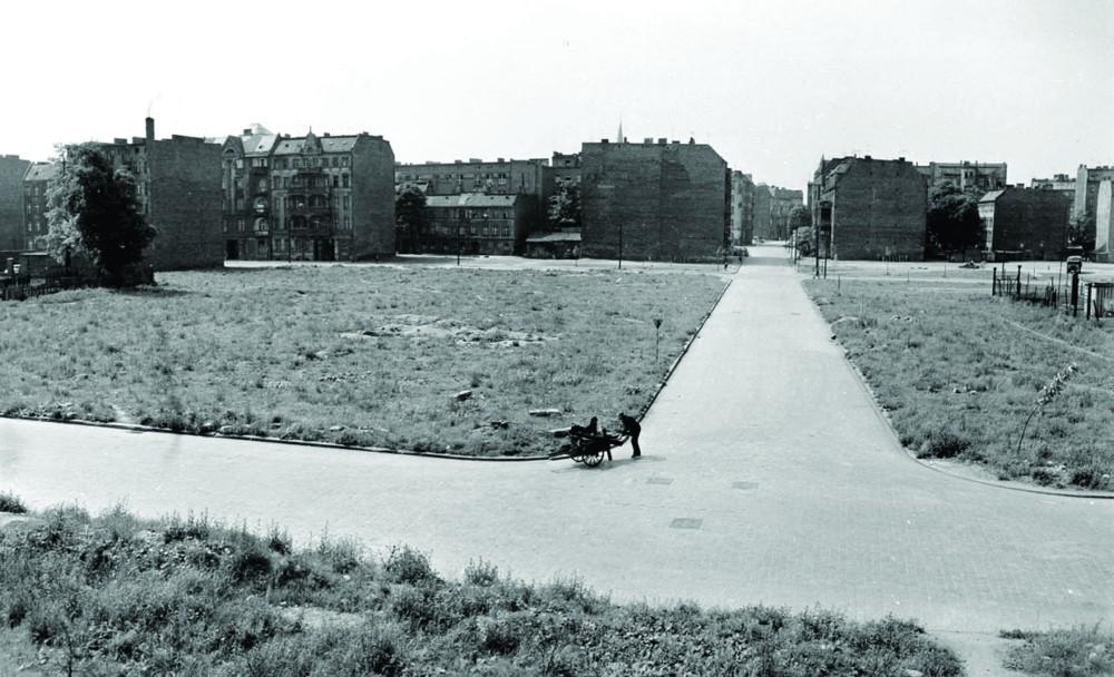 Wrocław, lata 60., fot. Tomasz Olszewski, Muzeum Architektury we Wrocławiu (źródło: materiały prasowe organizatora)