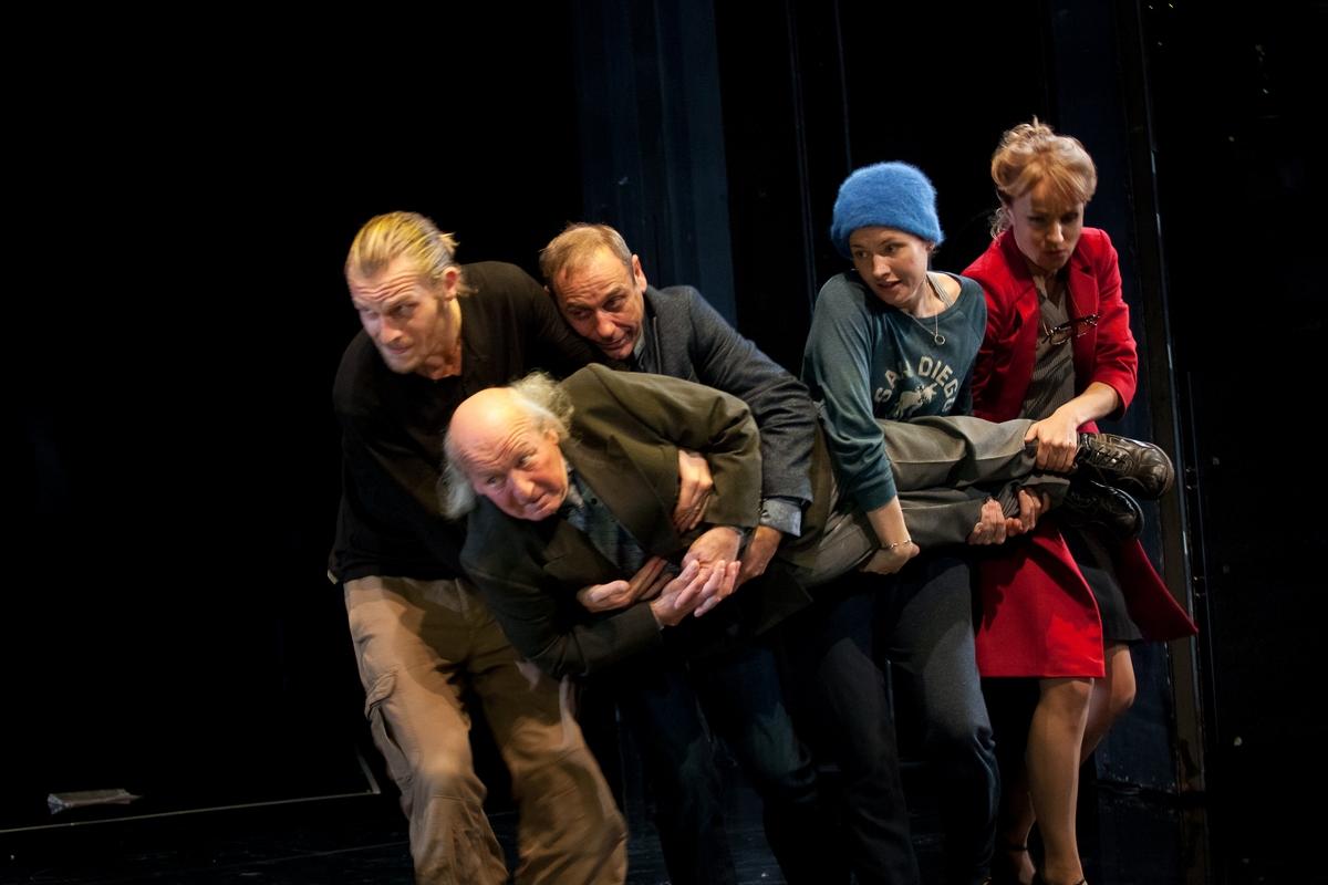 """""""Milczenie o Hiobie"""", fot. Andrzej Wencel / Archiwum Artystyczne Teatru Narodowego (źródło: materiały prasowe)"""