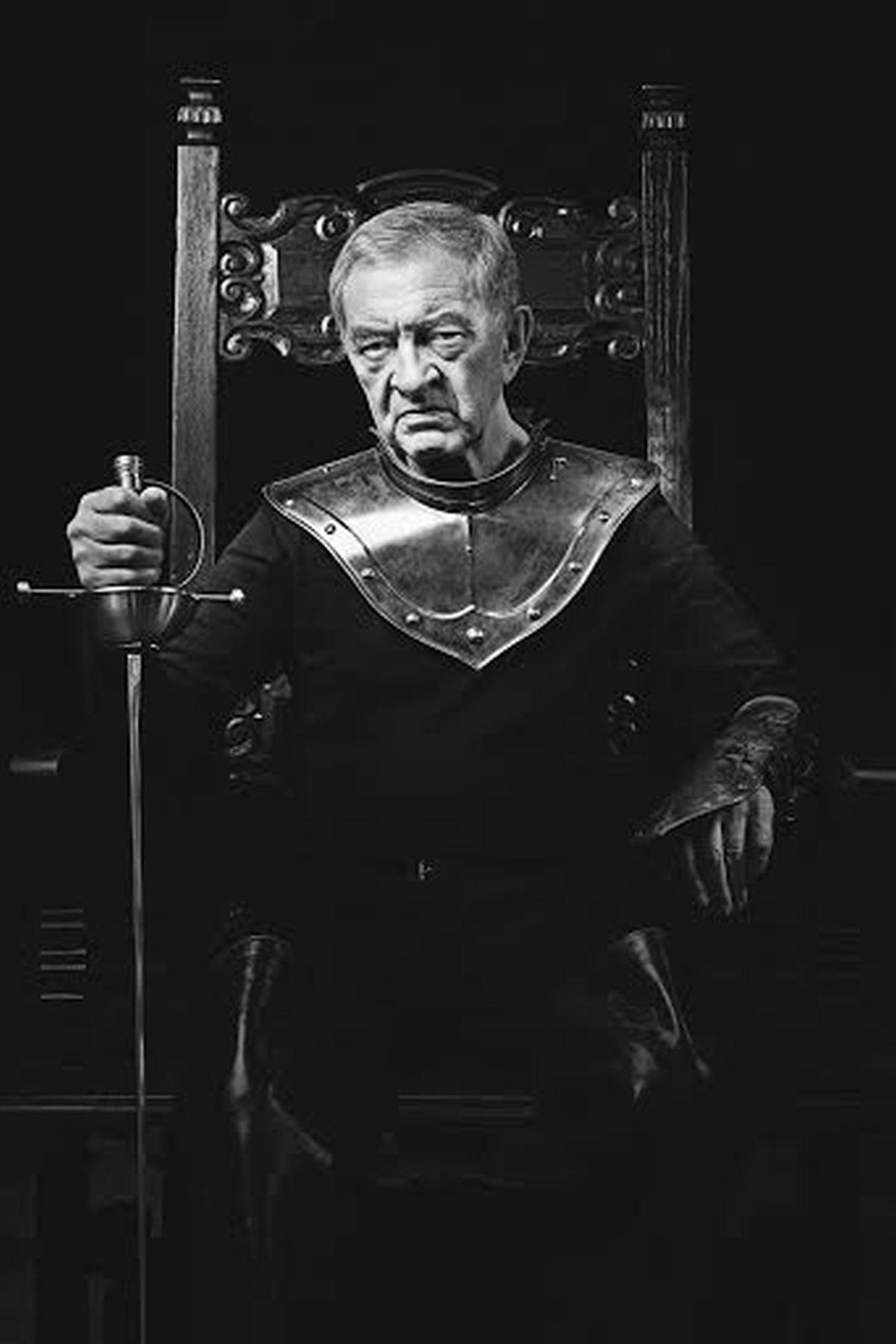 """Jerzy Trela w spektaklu """"Wielki John Barrymore"""" (źródło: materiały prasowe)"""