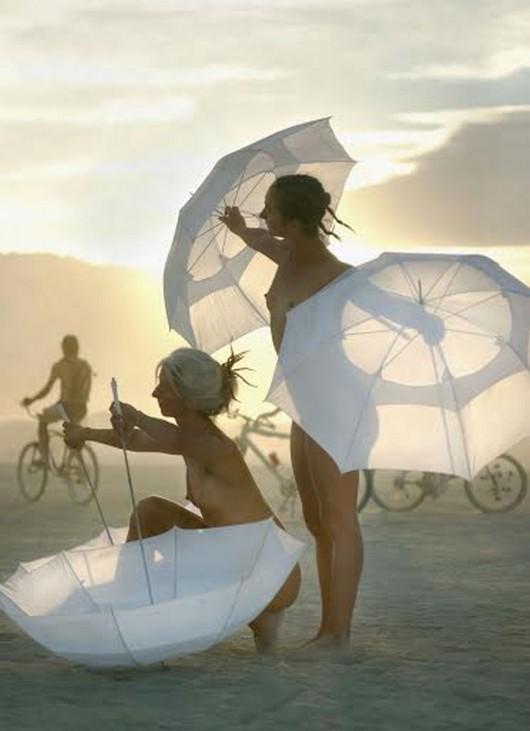 """""""Burning Man"""" (źródło: materiały prasowe)"""
