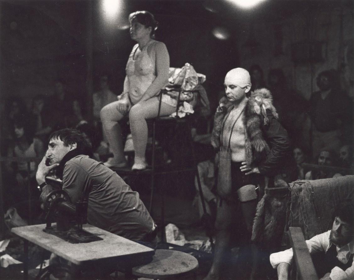 """Kurka wodna"", Teatr Cricot 2, Edynburg, 1972, fot. Richard Demarco (źródło: materiały prasowe organizatora)"