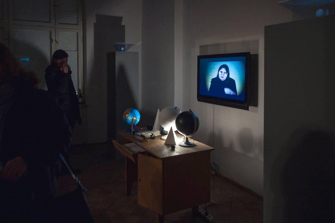 """Ewa Zarzycka, """"Szafa grająca"""", instalacja, fot. Szymon Stępniak (źródło: materiały prasowe organizatora)"""
