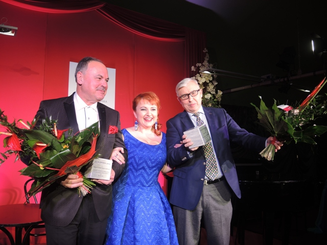 VOX Opera 2015, na zdjęciu Katarzyna Oleś-Blacha (sopran) oraz Wojciech Golachowski i Andrzej Zdebski (laureaci), fot. E. Bąkowska (źródło: materiały prasowe organizatora)