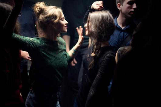 """""""Oddychaj"""", reż. Mélanie Laurent (źródło: materiały prasowe dystrybutora)"""