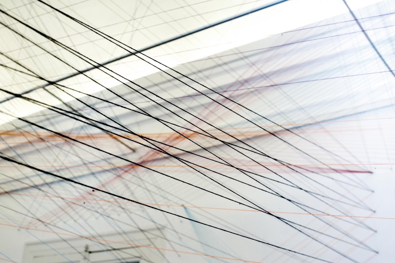 """Simone Rueβ, """"Weisses Haeusle"""", 2015, widok instalacji, Galeria Le Guern w Warszawie. Dzięki uprzejmości artystki i Galerii Le Guern (źródło: materiały prasowe organizatora)"""