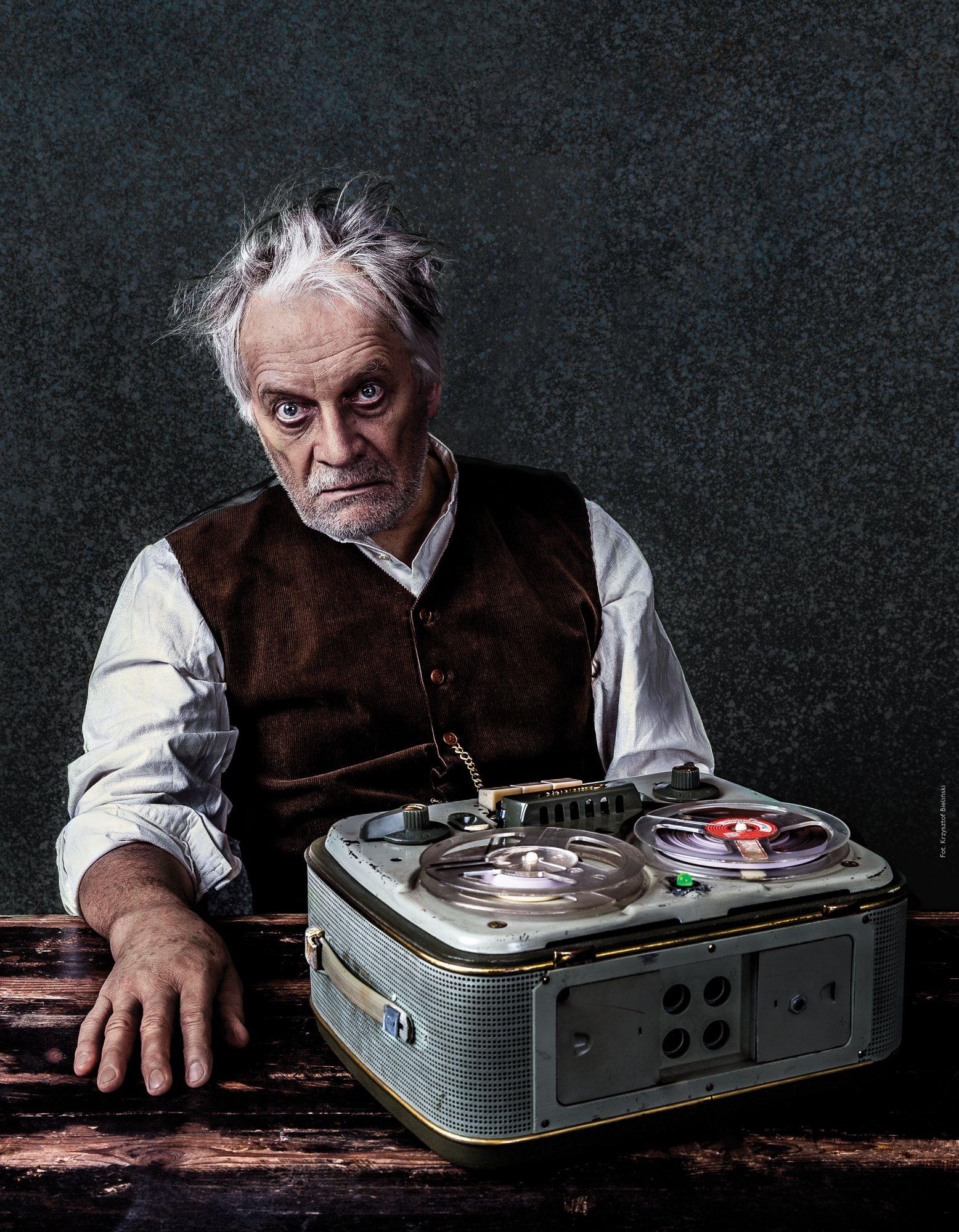 """""""Krapp i dwie inne jednoaktówki"""", reż. Antoni Libera, zdjęcie z plakatu (źródło: materiały prasowe)"""