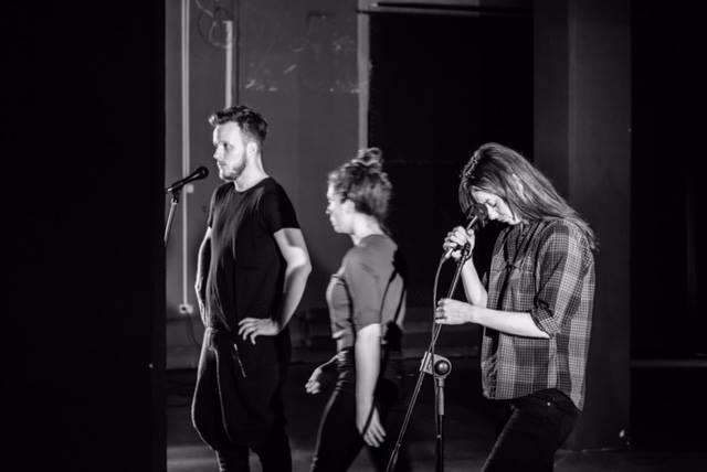 """""""Mikro Teatr"""" – próby do spektaklu Anny Smolar, fot. Kasia Chmura-Cegiełkowska (źródło: materiały prasowe)"""