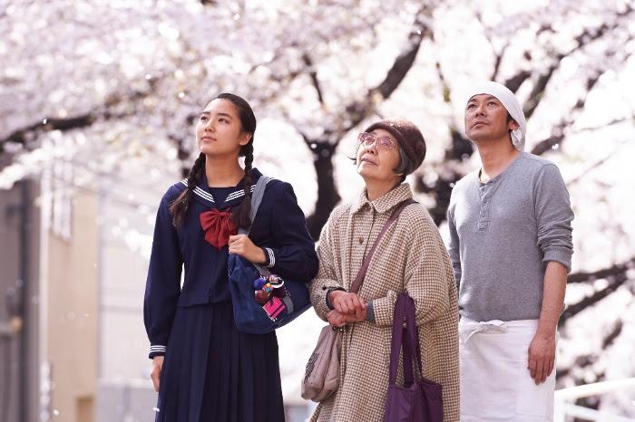 """""""Kwiat wiśni i czerwona fasola"""", reż. Naomi Kawase, kadr z filmu (źródło: materiały prasowe organizatora)"""