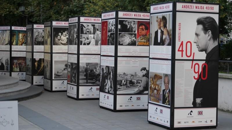 """""""Andrzej Wajda. 40/90"""" (źródło: materiały prasowe organizatora)"""