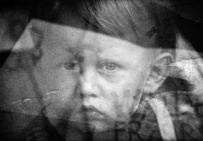 """Andrzej P. Bator, z cyklu """"Anamnesis[re]konstrukcja obrazu"""" (źródło: materiały prasowe organizatora)"""