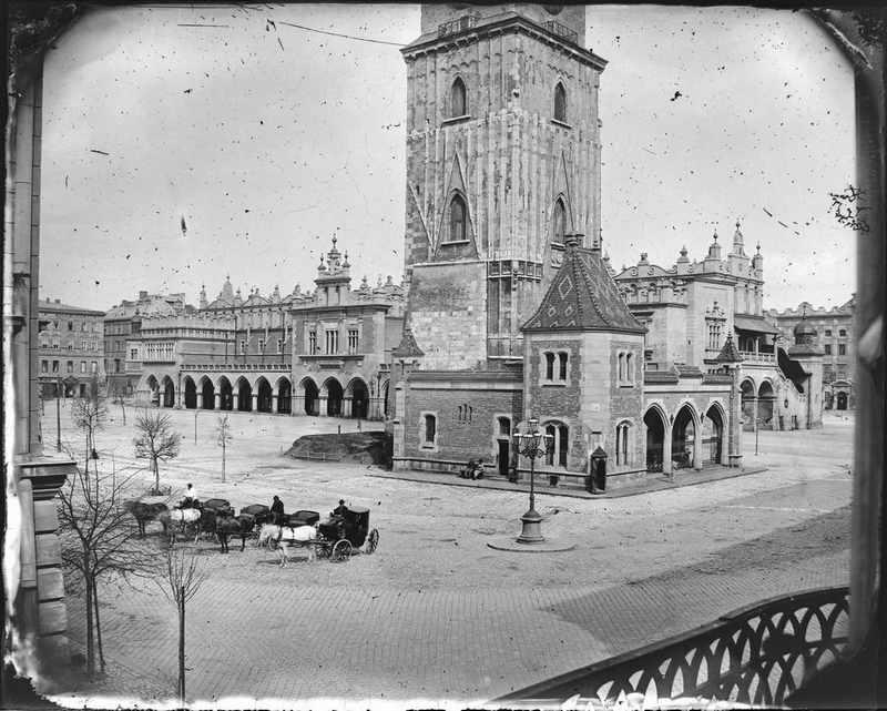 Rynek Główny z Wieżą Ratuszową i Sukiennicami, fot. Ignacy Krieger, ok. 1885 (źródło: materiały prasowe organizatora)