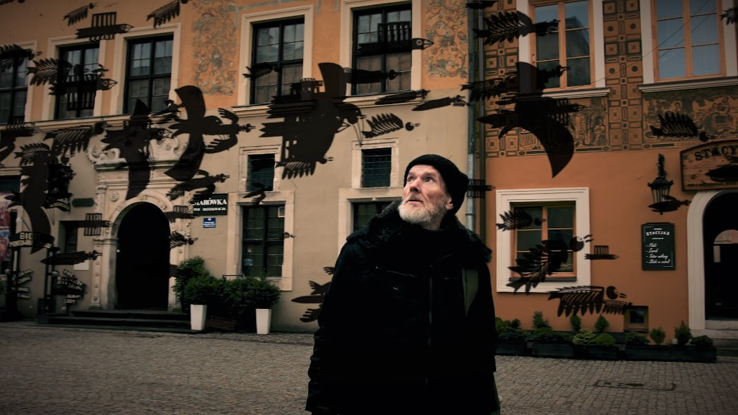"""Andrzej Kot w filmie """"Zwierzę na papierze"""" (źródło: materiały prasowe organizatora)"""