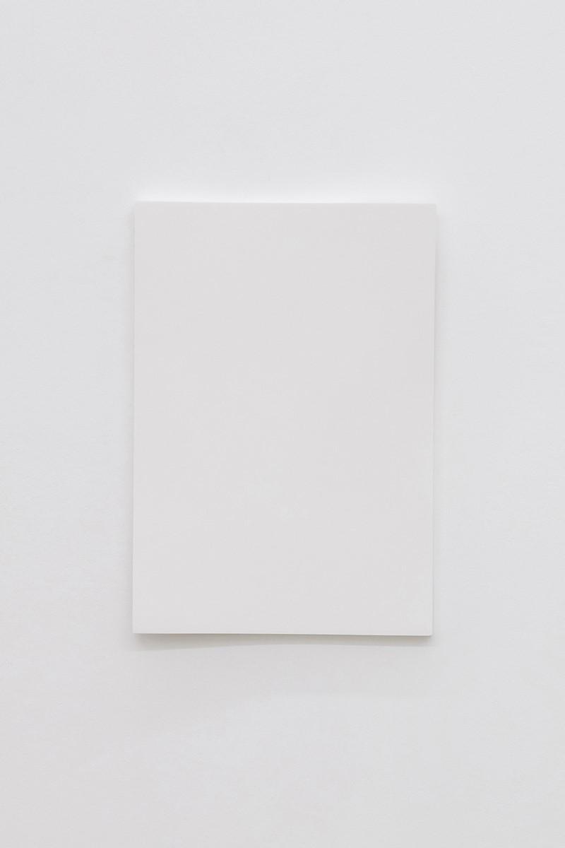 """Cécile Dupaquier, """"Obraz (biało-biały 43 x 30) no5"""" , 2016 (źródło: materiały prasowe organizatora)"""