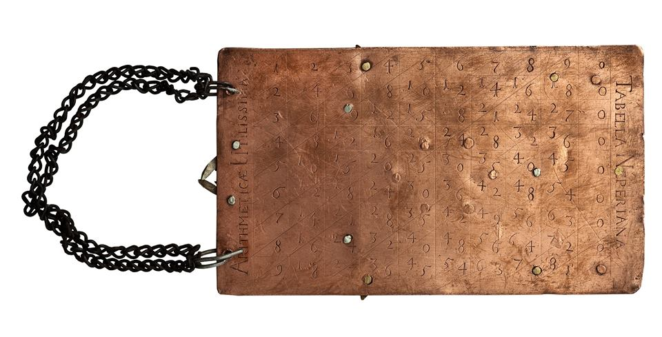 Płytka miedziorytnicza z XVII w. z tabliczką mnożenia Napiera (źródło: materiały prasowe organizatora)