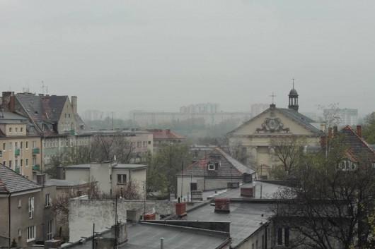 """Tobiasz Jędrak, """"Czarny kwadrat na białym tle mieszka w widoku mojego okna"""" (źródło: materiały prasowe organizatora)"""