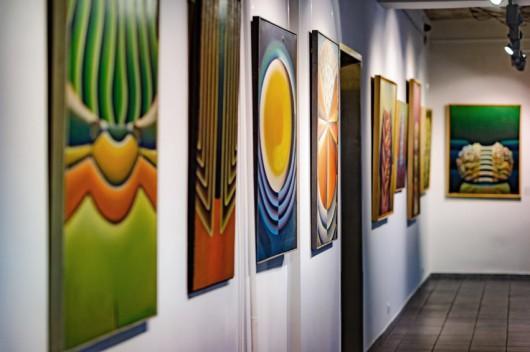 """Zdjęcia z wystawy """"Walenty Gabrysiak. Malarstwo"""" (źródło: materiały prasowe organizatora)"""