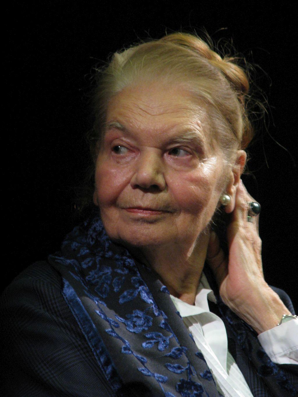 Julia Hartwig, fot. Mariusz Kubik (źródło: wikimedia, lic. CC BY 3.0)