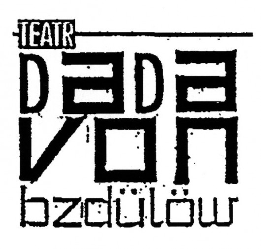 """""""Dzisiaj, Wszystko"""", reż. Leszek Bzdyl (źródło: materiały prasowe teatru)"""