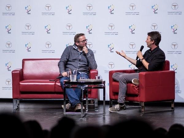Edward Norton i Michał Oleszczyk podczas Master Class w ramach Transatlantyk Festival (źródło: materiały prasowe organizatora)