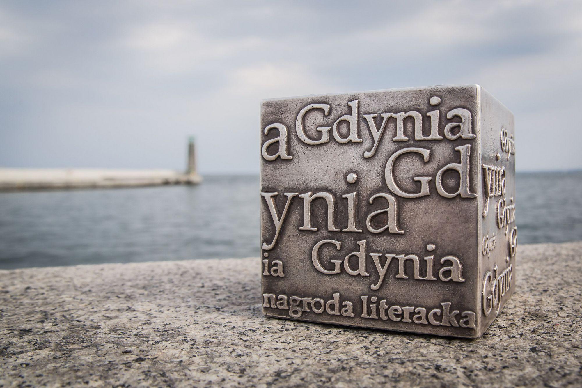Kostka Literacka – Nagroda Literacka Gdynia (źródło: materiały prasowe organizatora)