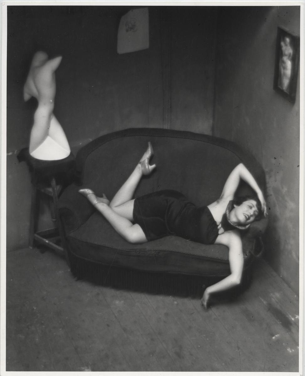 André Kertész, Tancerka burleski (Magda Förstner), Paryż, 1926 © Ministère de la Culture - Médiatheque du Patrimoine, Dist. RMN-Grand Palais / André Kertész (Dzięki uprzejmości André Kertész Memorial Museum, Szigetbecse, Węgry) (źródło: materiały prasowe organizatora)