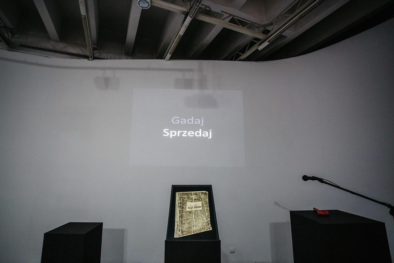 """""""Gadaj/Sprzedaj"""", fot. Studio FilmLOVE (źródło: materiały prasowe organizatora)"""